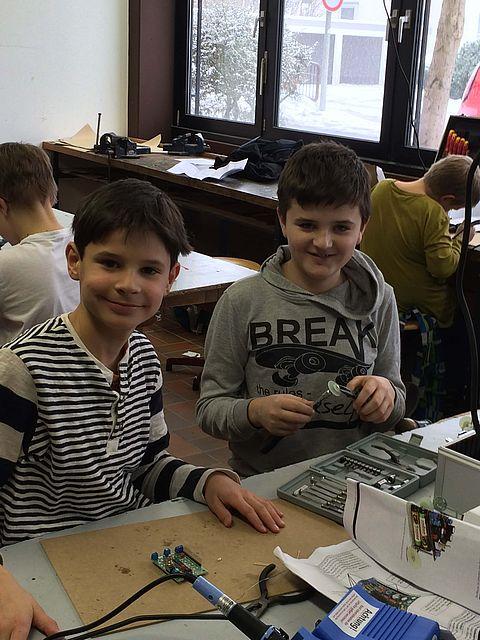 Schüler entdecken Technik