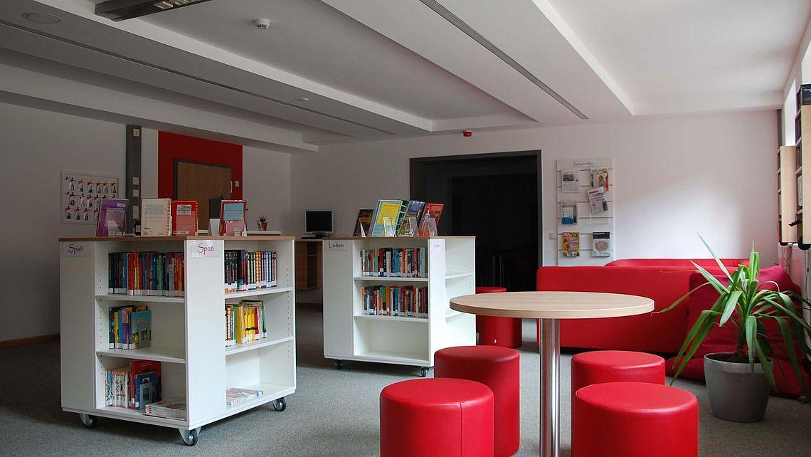 zu sehen ist eine Ecke der Bücherei